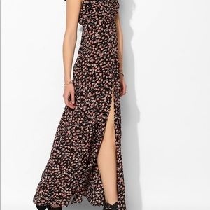 Flynn Skye Pink Floral Maxi Dress